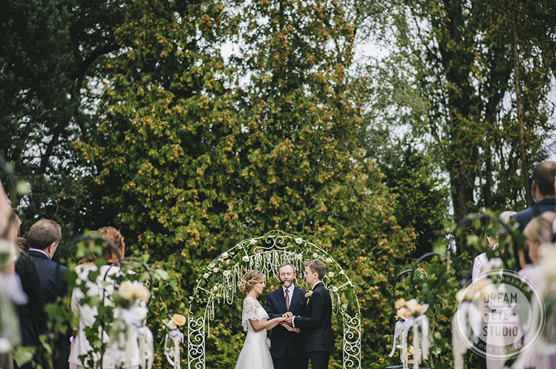england_london_luton_uk_wedding_photographer_photographers_engagement_sessions_outdoor (3)