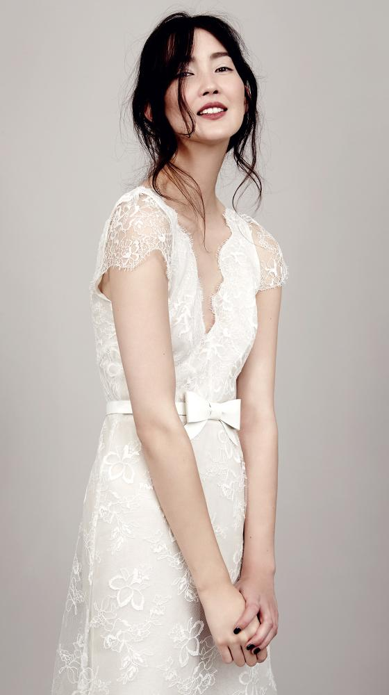 VIVIENNE ́S LACE DRESS DELUXE